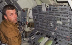 Legendary Astronaut Paul Weitz Passes Away