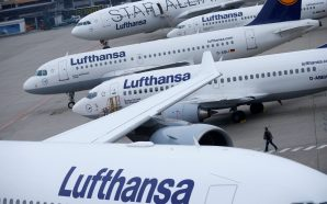 Lufthansa posts 2.1 billion euro loss after 'drastic decline' in air fling in the first quarter