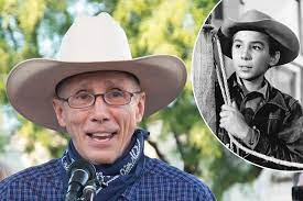Johnny Crawford, co-star of 'The Rifleman' dies at 75